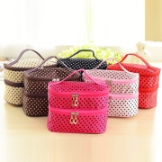 Double-deck High Capacity Wave Point Cosmetic Storage Bag