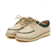Zapatos estilo dulce británica remache retro del color del contraste de cordones