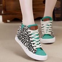 Zapatillas Deportivas de Estampado Leopardo de Contraste