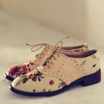 Zapatos Estilo BritÁNico Vendimia Impresión Floral Perforado Ate Para Arriba Flats