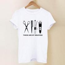 Camiseta Blanca con Estampado de Recortador de Pelo de Cuello Redond o Manga Corta