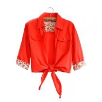 Lindo dulce del color del caramelo de la impresión floral empalmados T-shirt