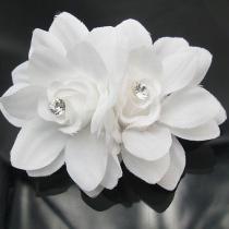 Sweet Style Rhinestone White 3D Flowers Hair Clips Hairpins
