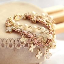 Fashion Four Leaf Clover Pearl Bracelet