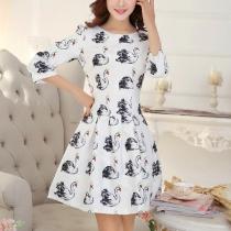 Fashion Swan Pattern 3/4 Sleeve Round Neck Slim Fit Dress