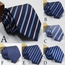 Corbata de Hombre a Rayas con Colores en Contraste