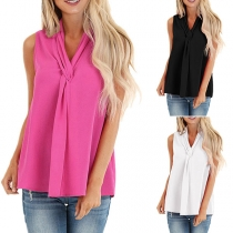 Fashion Solid Color Sleeveless V-neck Twisted Top