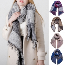 Fashion Contrast Color Tassel Scarf