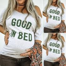 Camiseta de Maternidad de Hombros Oblicuos de Manga Corta Estampada con Letras