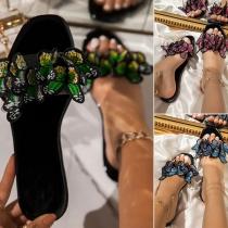 Zapatillas en Forma de Mariposas Bordadas