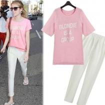 Casual Sweet Pink Blondie Carta camisa de la impresión con blanco Harem Pant Set