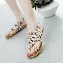 Bohemian Style Floral Print Flat Heel Thong Sandals