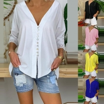 Fashion Lace Spliced 3/4 SleeveV-neck Solid Color Blouse