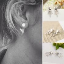 Pendientes de Perlas con Rayas Verticales de Aleación Plateados de Estilo Simple