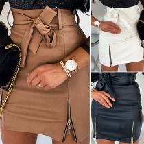 Mini Falda de Piel Sintética de Talle Alto con Cordones Bajo con Abertura