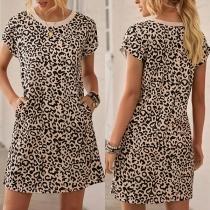 Fashion Short Sleeve Round Neck Leopard Printed Dress