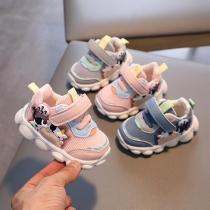 Zapatillas de deporte transpirables de malla de zapatos para niños pequeños de suela suave para bebé